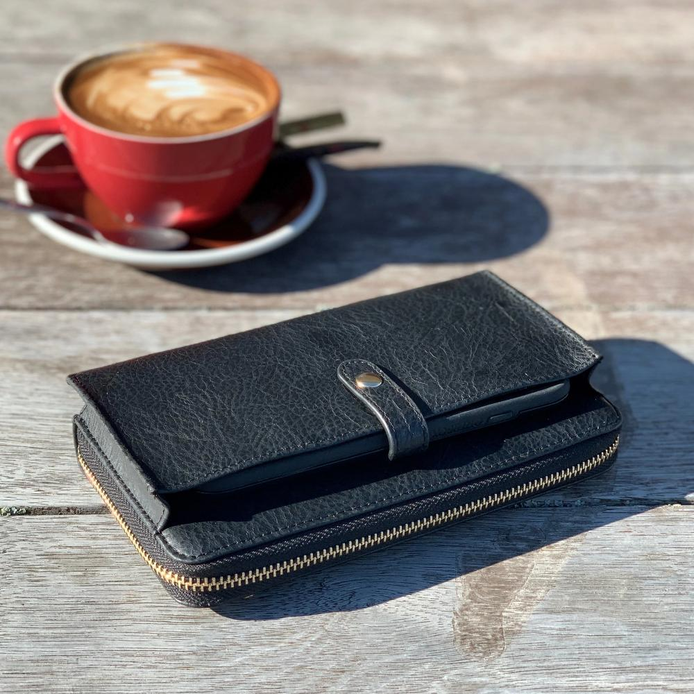 FItzroy Womens Wallet Black Leather Moana Road
