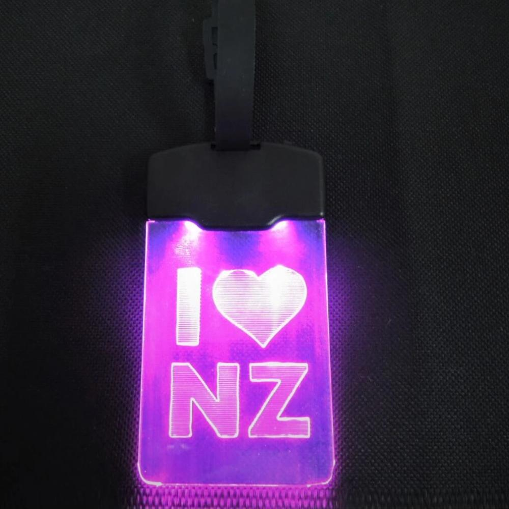 Light Up Luggage Tag - I Heart NZ LED
