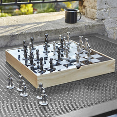 Umbra Buddy Deluxe Chess Set