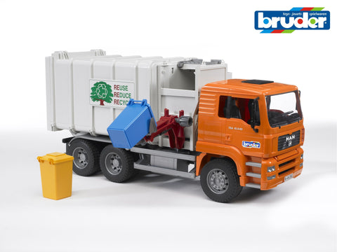 Bruder 1/16 Man Side Loading Garbage Truck