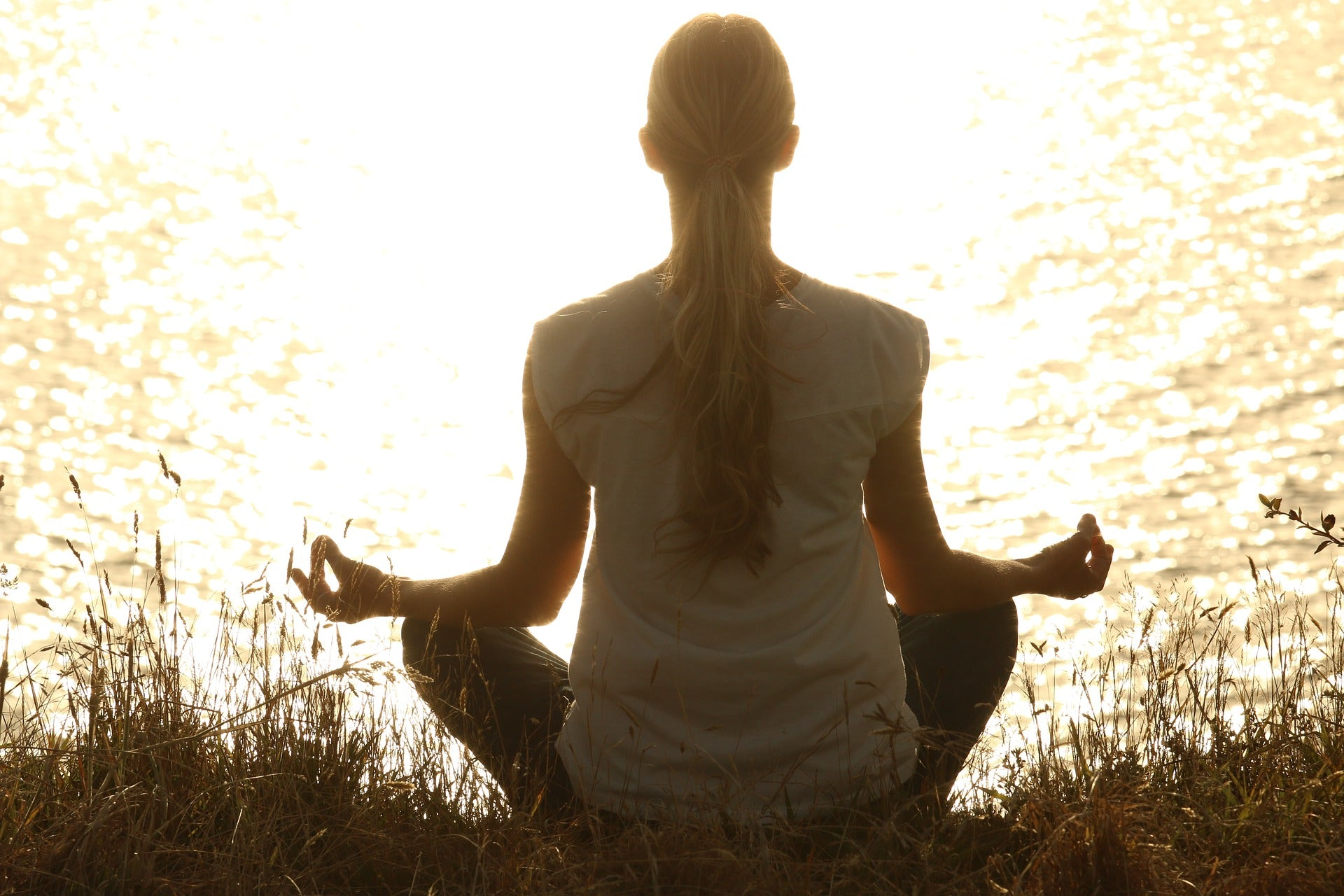 4 reasons why you should try meditation