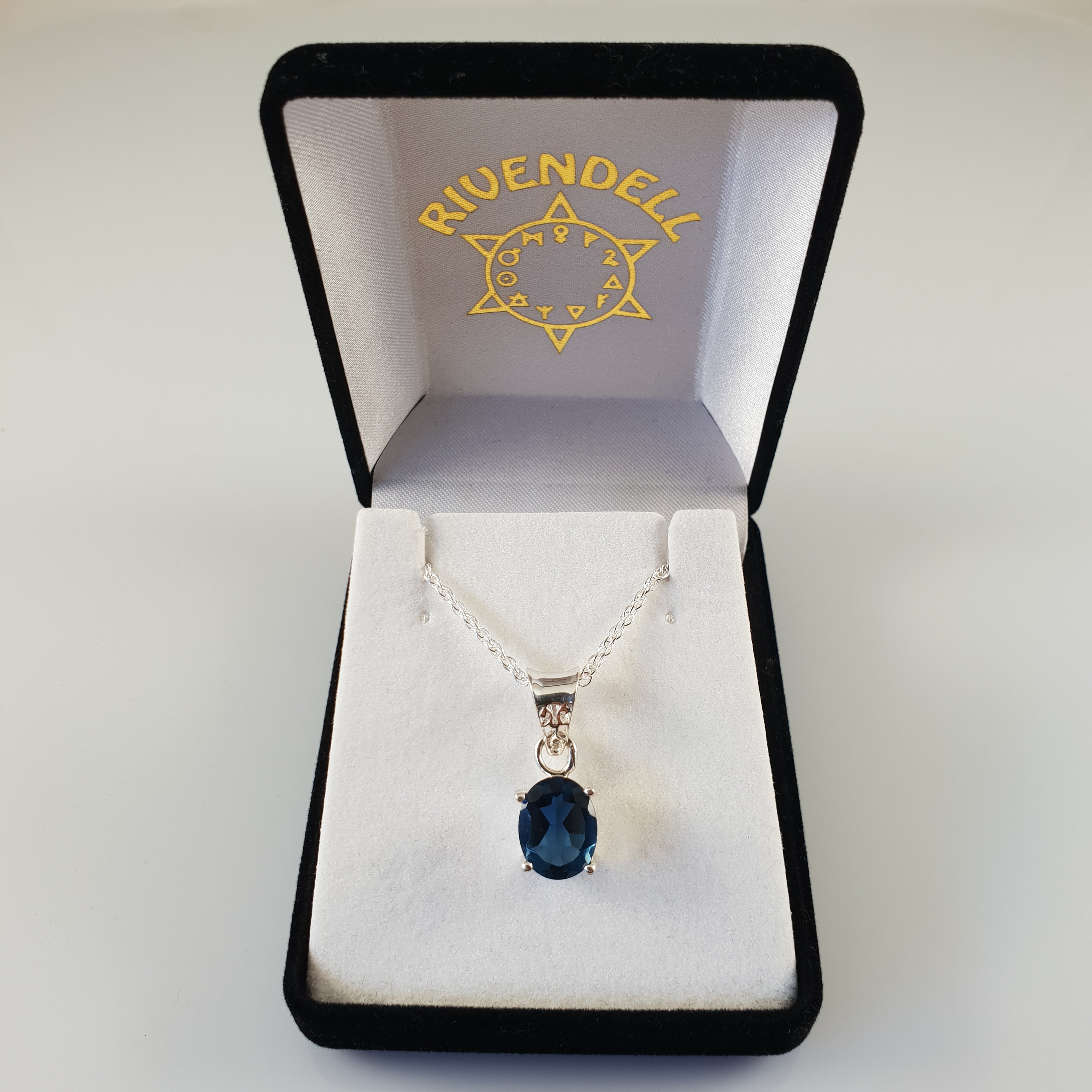 Petite Oval Iolite 925 Stirling Silver Pendant