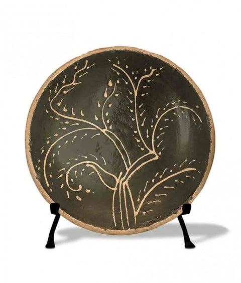 ROUND SLIPWARE TREE PLATE - FACING RIGHT