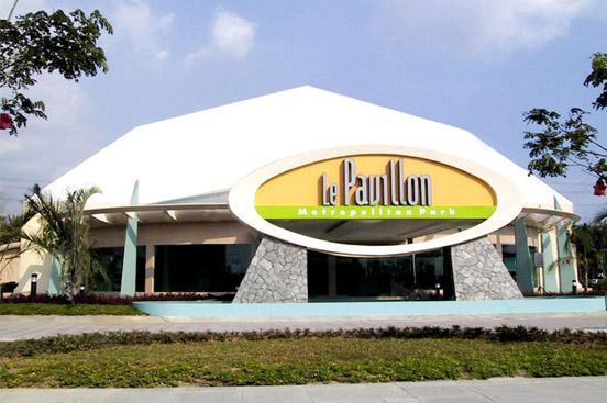 Le Pavilion and Hizon's Wedding Package