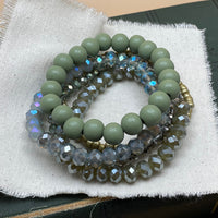 wood beaded stretch bracelet set (green)