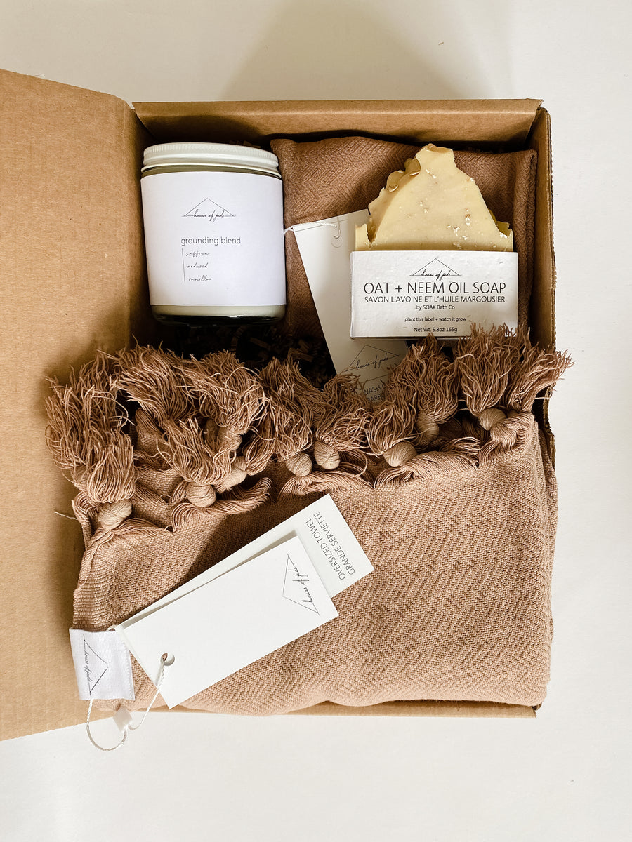 A Grand Gesture Gift Set