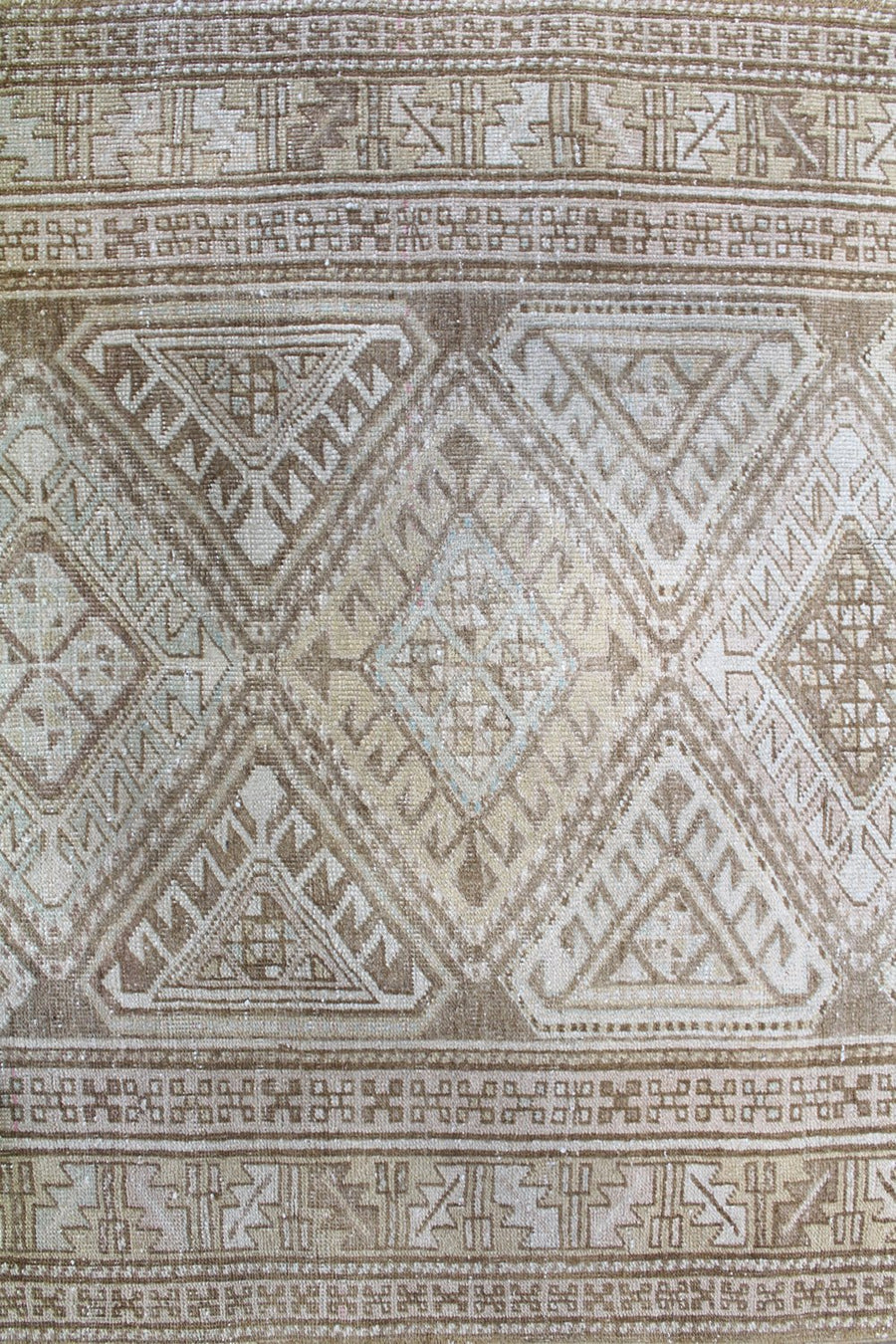 KURDISH HANDKNOTTED RUG, J58736