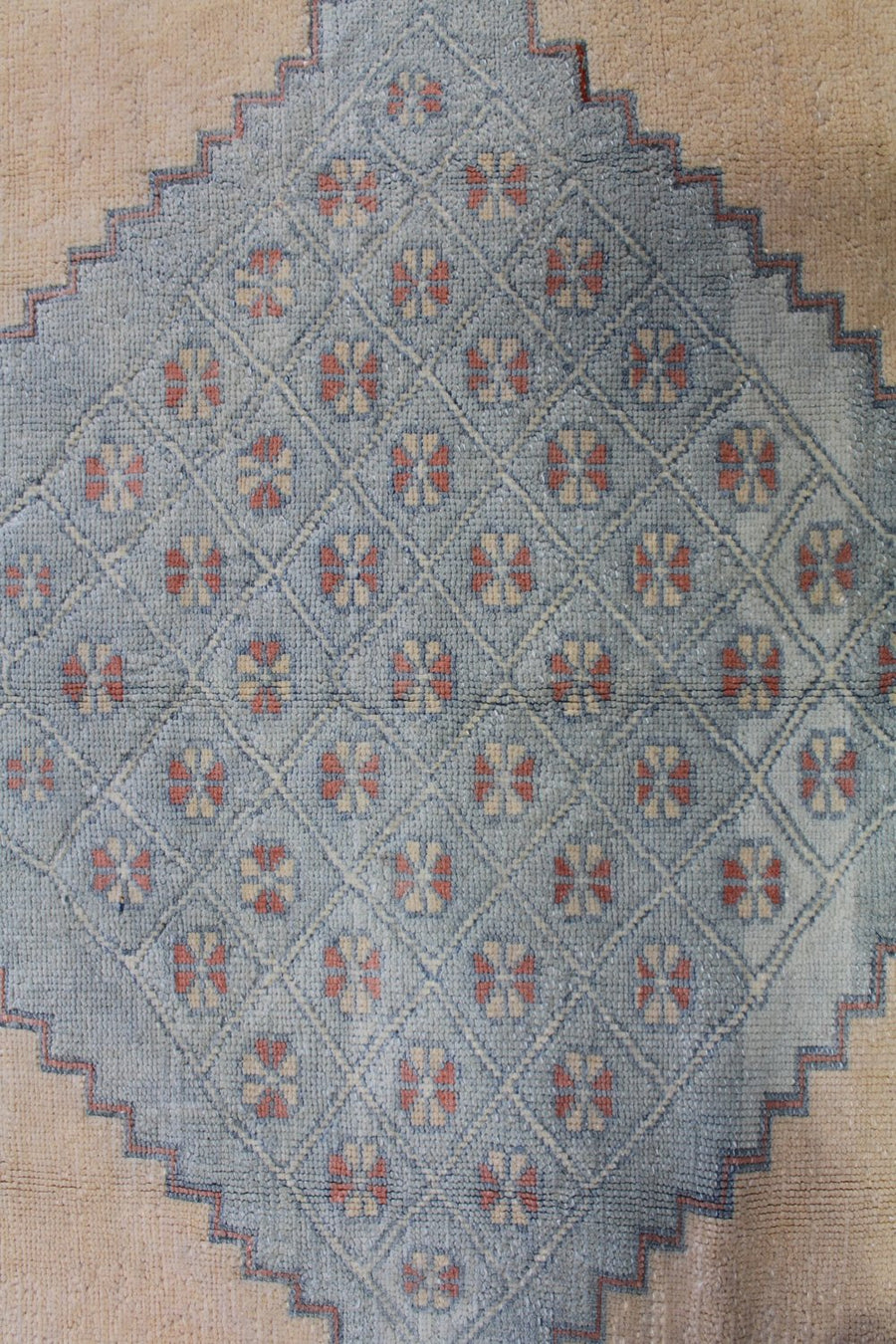 SULTANHAN HANDKNOTTED RUG, J58761