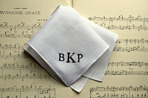 Personalized White Linen Pocket Square : Three Initials, Classic Script