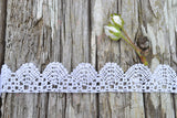Handmade Bobbin Lace by the Foot - Rose Scallop