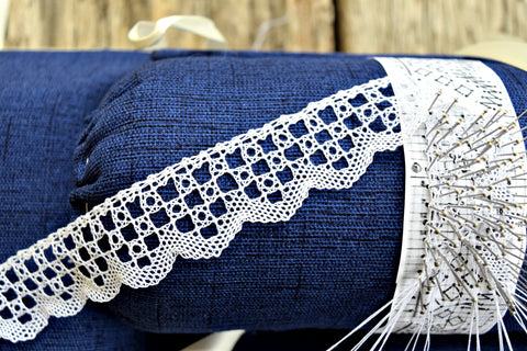 Handmade Bobbin Lace by the Foot - Rose Tiles