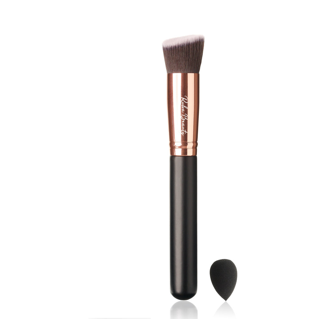 Angled Kabuki Brush with Sponge