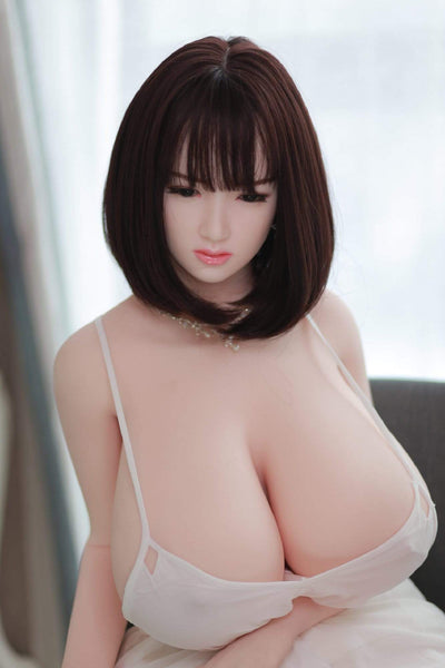 love-doll-brune