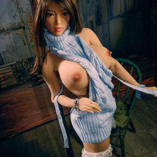 Sexdoll 6YE - Maï - Belle asiatique dominante 1m61 bonnet E - Poupee Doll France