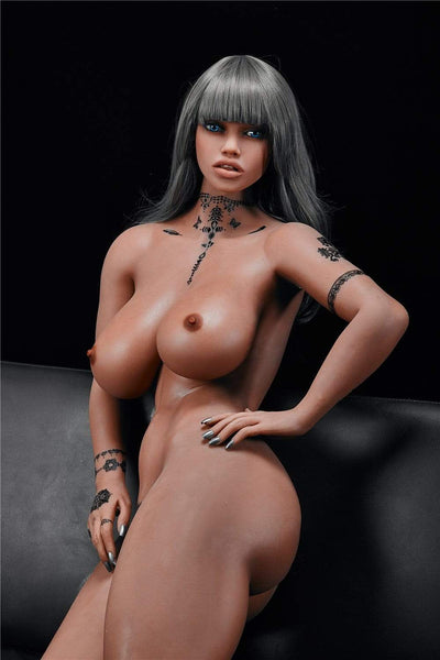 Sex doll IronTech 158 cm bonnet K - Jane fume sa clope