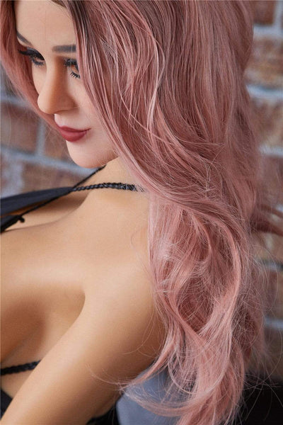 Sex doll IronTech 163 cm bonnet G - Lisa aux cheveux roses