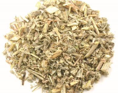 Absinto (wormwood) herbal tea with powerful medicinal effects, great for heartburn.