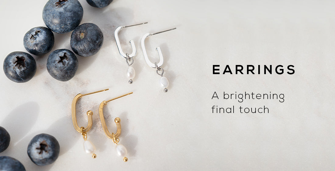 Collection banner for wellDunn jewelry's earrings. A brightening final touch. Available in gold and silver. Canadian-made jewelry.