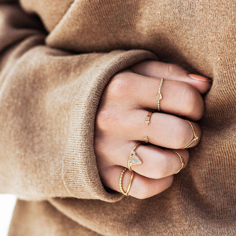 Scarlet | Gold Vermeil V Ring