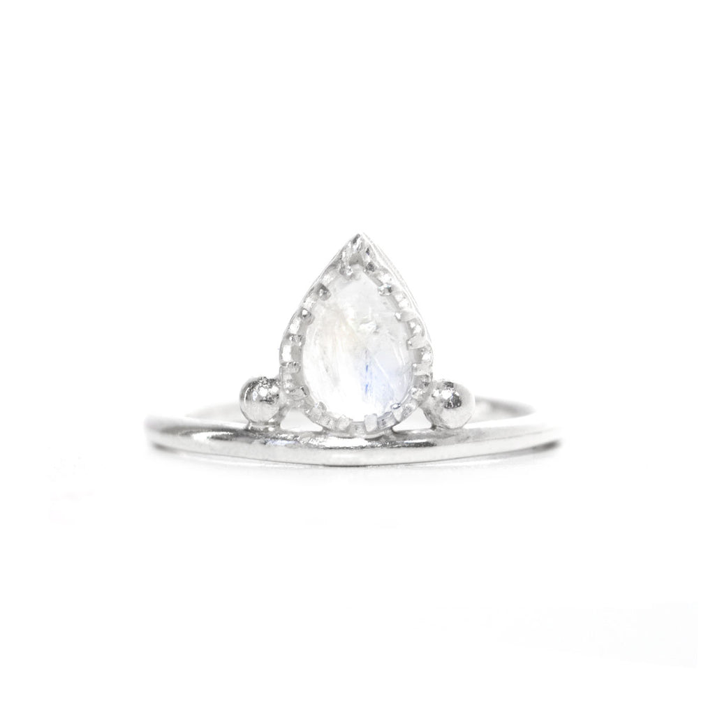 Pera | Sterling Silver Moonstone Ring