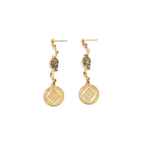 Nebula | Gold Short Earrings