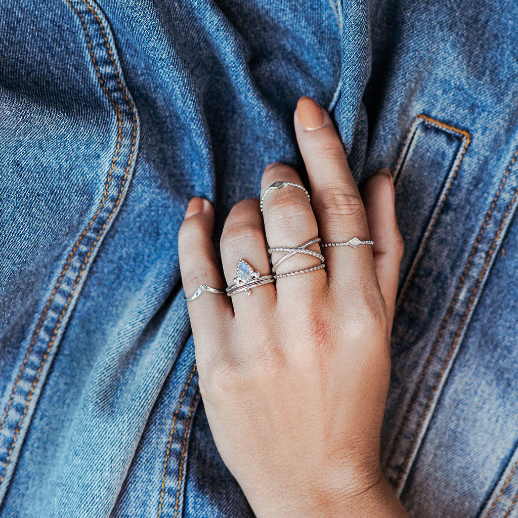 Pera | Moonstone Ring — Sterling Silver