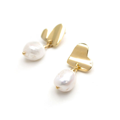 Victoria | Silver Hear Pearl Earrings