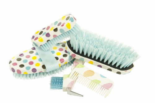 5 piece grooming set in a blister packing
