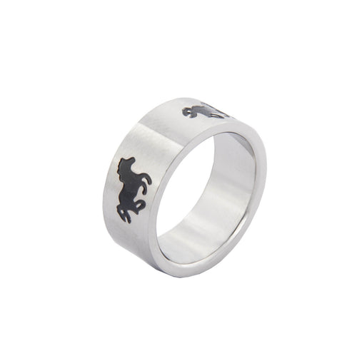 Ring with black running horse