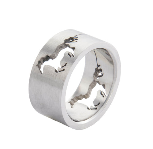 Ring with running horse