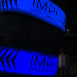 Illuminated slap band