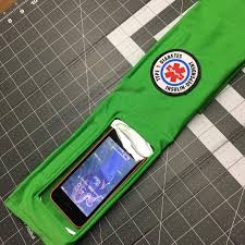 Smartphone Belt, Insulin Pump Belt, Dexcom Tummietote Belt w/ smartphone size window-Kelly Green
