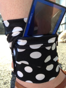 Arm/Leg Pocket for Dexcom/Omnipod/Insulin Pump/Smartphone w/optional window-Cheetah