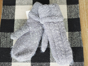 Fleece Mittens, Accessories - Trilogy Boutique