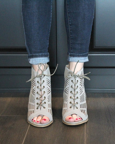 Lace Up Sandals, Shoes - Trilogy Boutique
