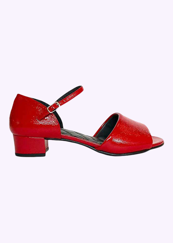 Nordic ShoePeople: Selma sandal in red patent leather shoes Mondo Kaos