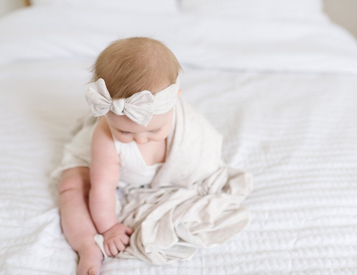 Oat Knit Headband Bow