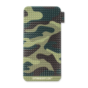 Camouflage inspired mobile phone grip for a great hold on your devices