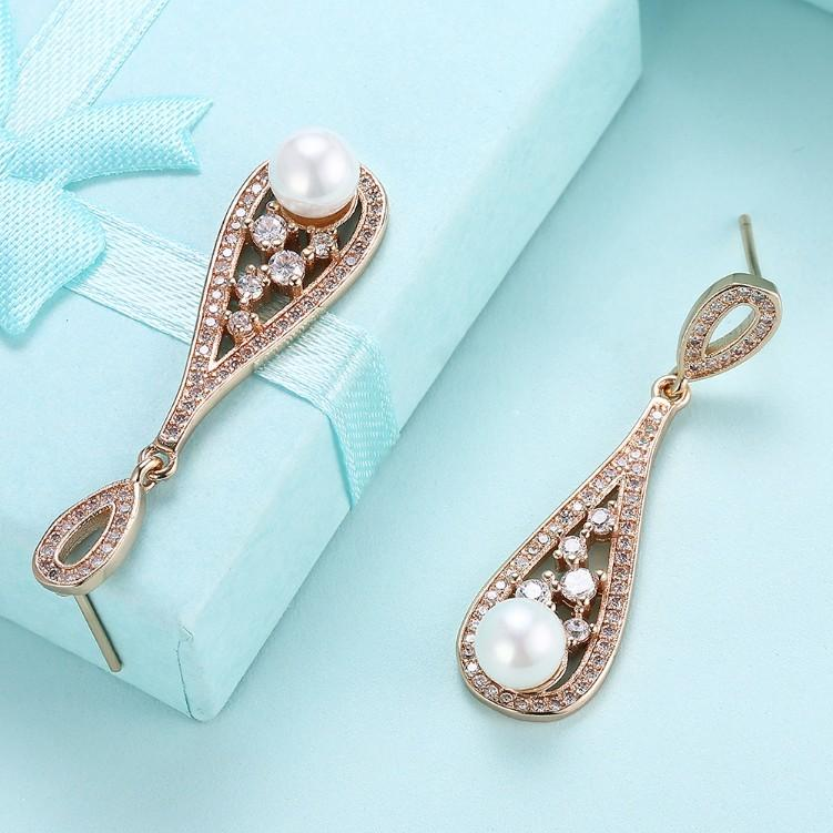 Swarovski Crystal Curved Dangling Pearl Earrings Set in 18K Gold