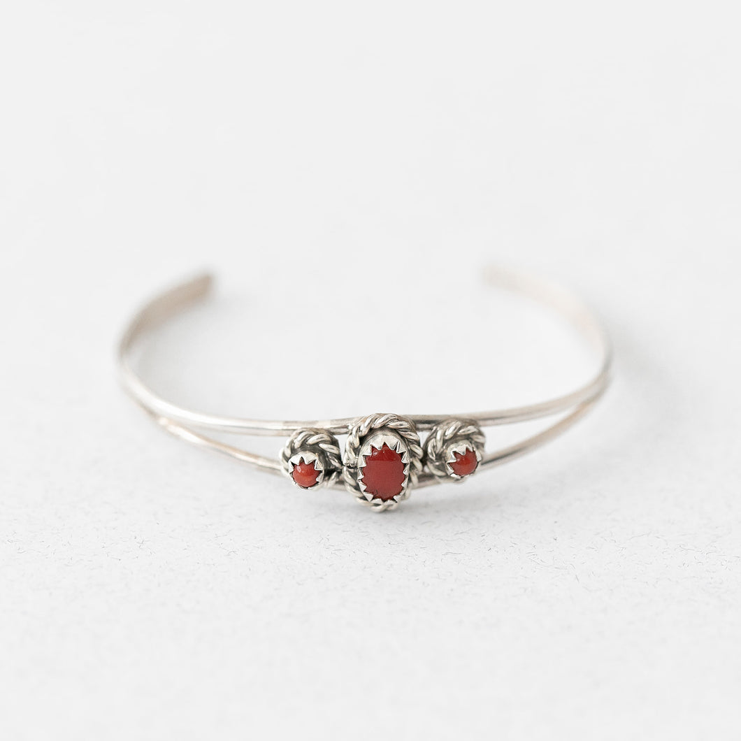 Waterleaf Baby Bracelet in Red