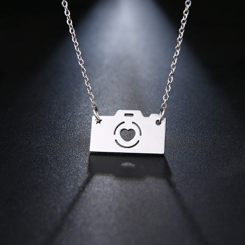 Camera stainless steel pendant - www.keclos.com