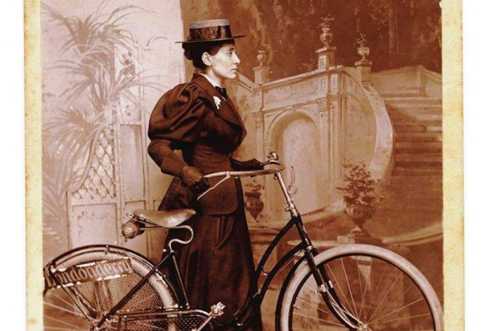 Annie Londonderrt - women cyclists who went down in history