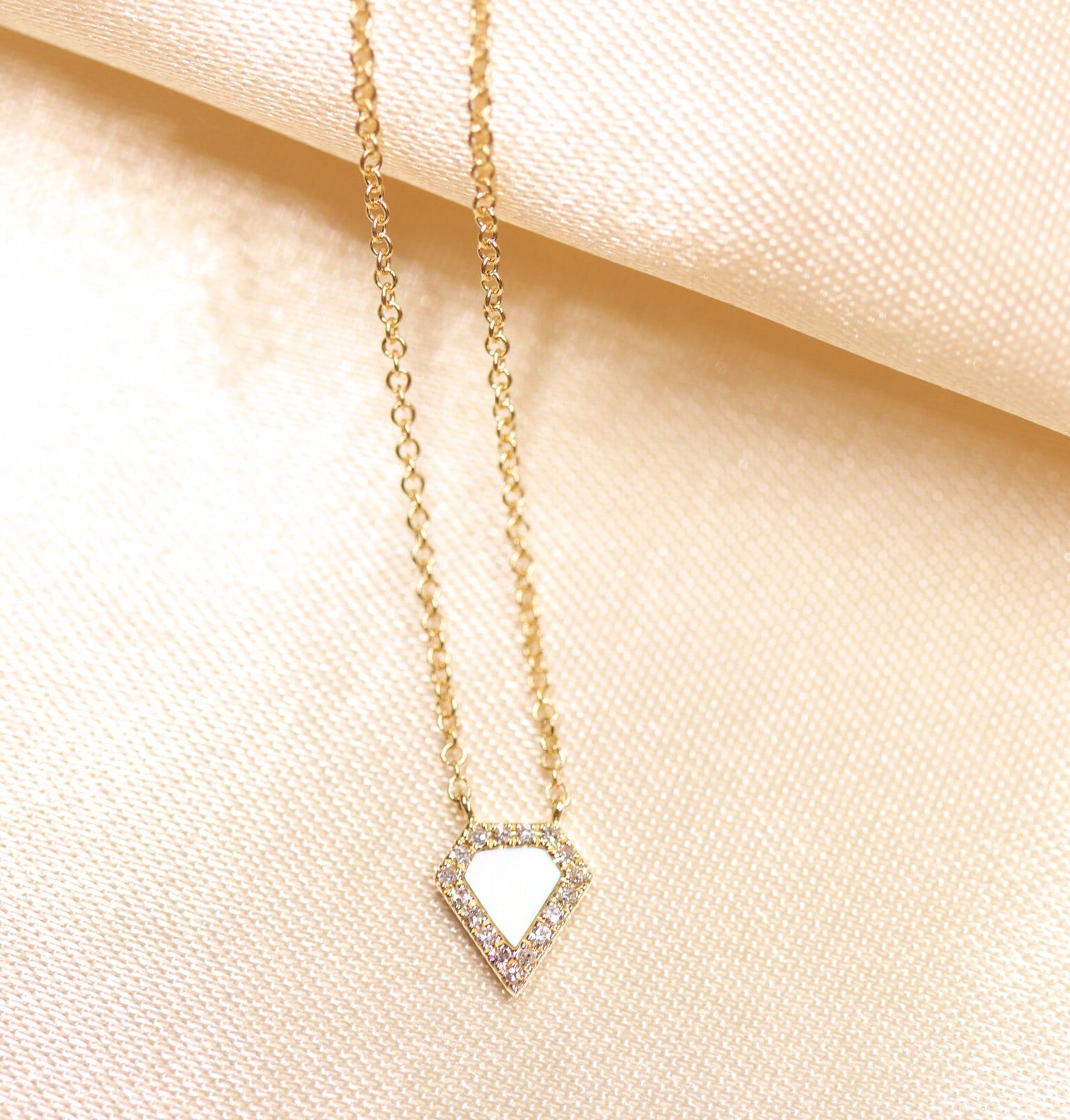 14K Yellow Gold Mother of Pearl Diamond Necklace - Ice Motif
