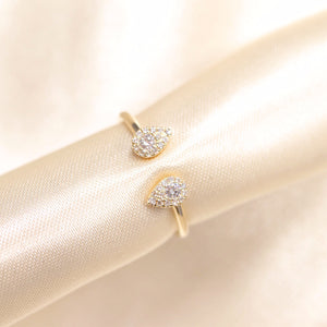 14K Gold Pear Shape Diamond Open Ring - Ice Motif