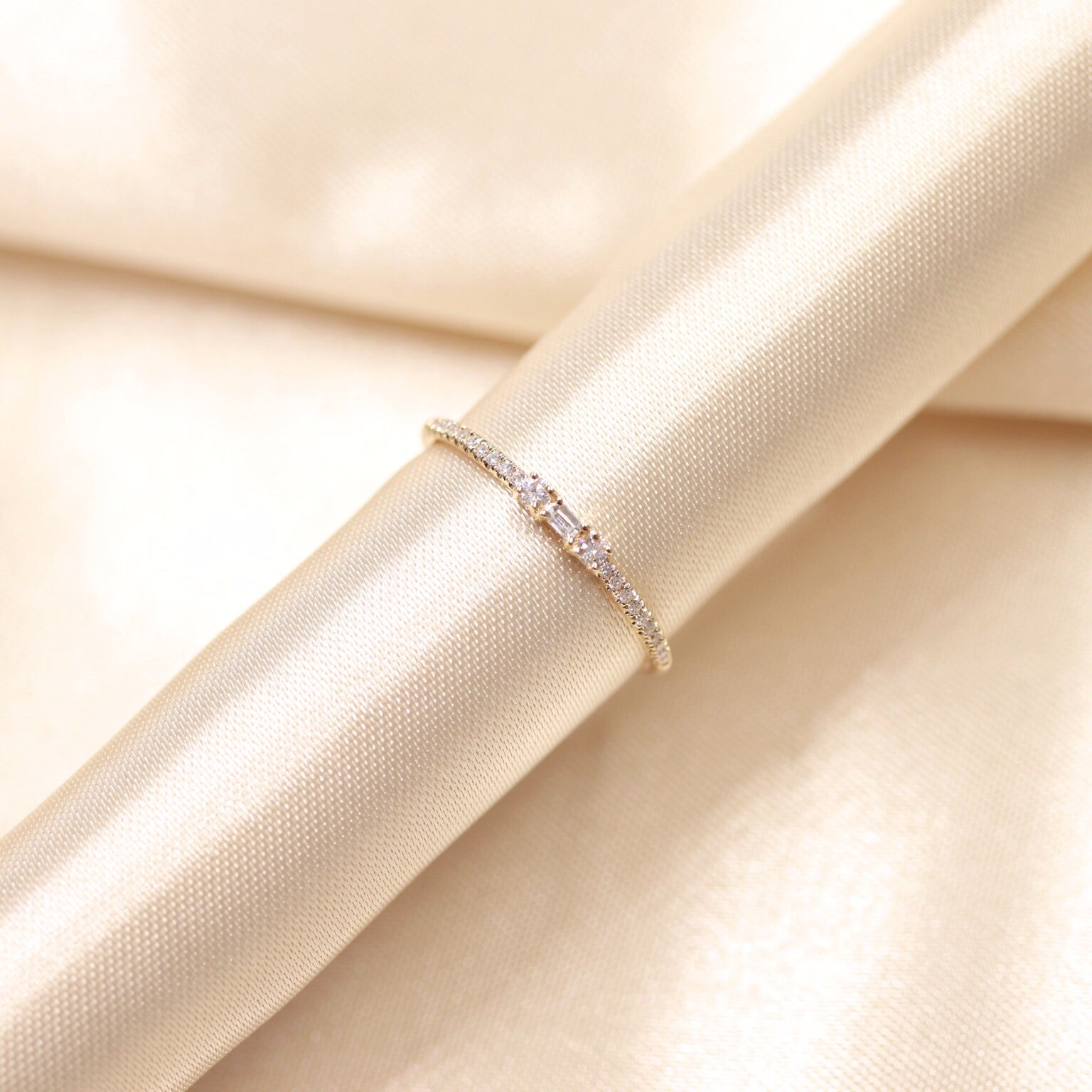 14K Gold Single Baguette & Round Diamond Stacking Ring - Ice Motif