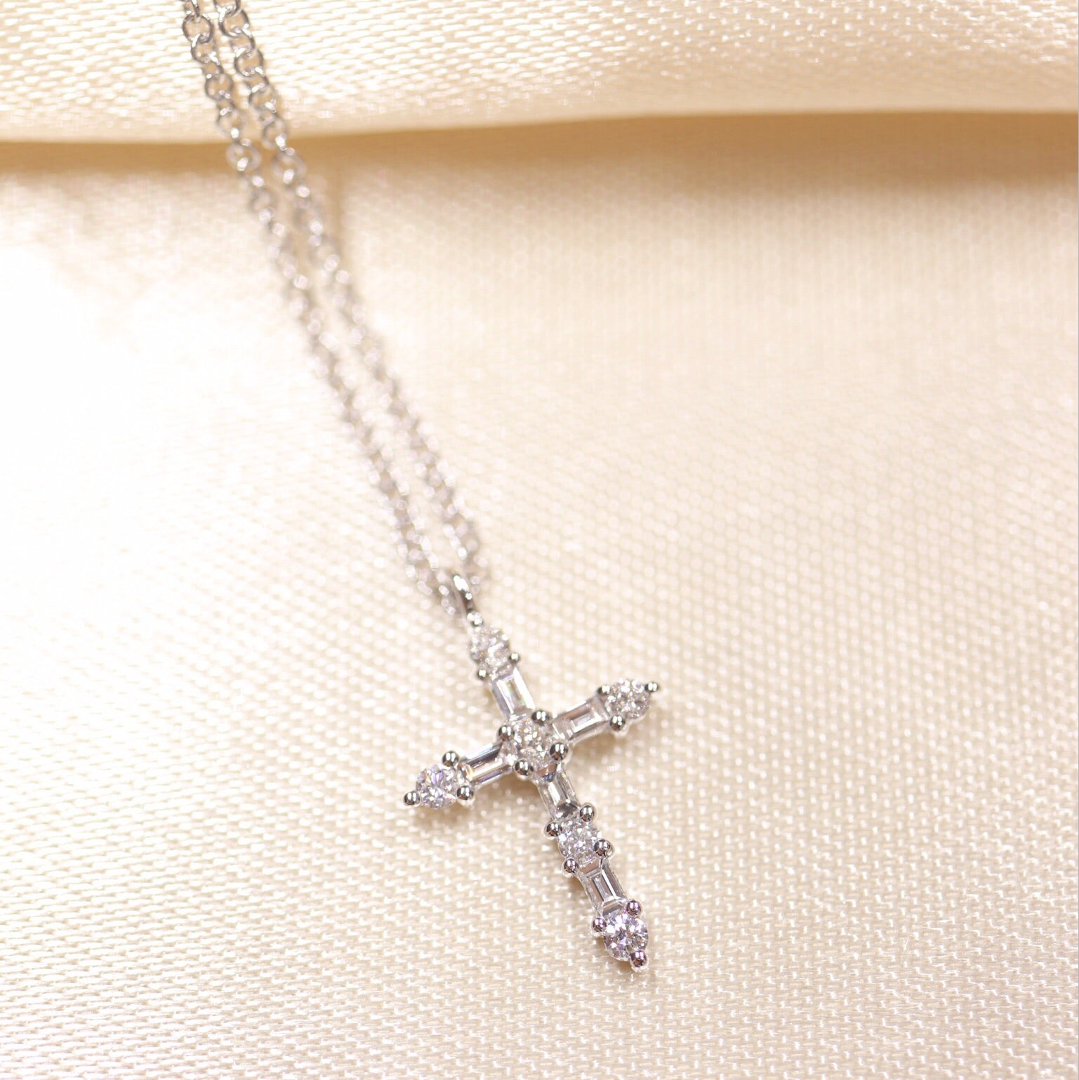 14K Gold Baguette & Round Diamond Cross Necklace - Ice Motif