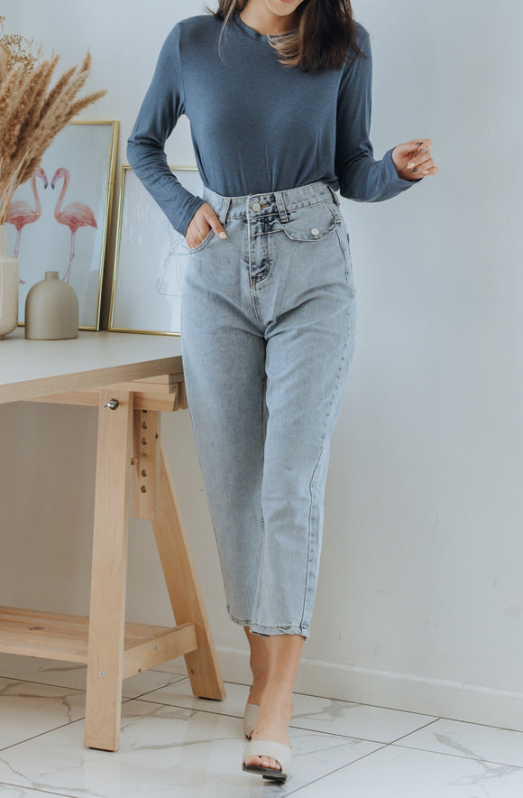 Thea Pockets Straight Leg Jeans