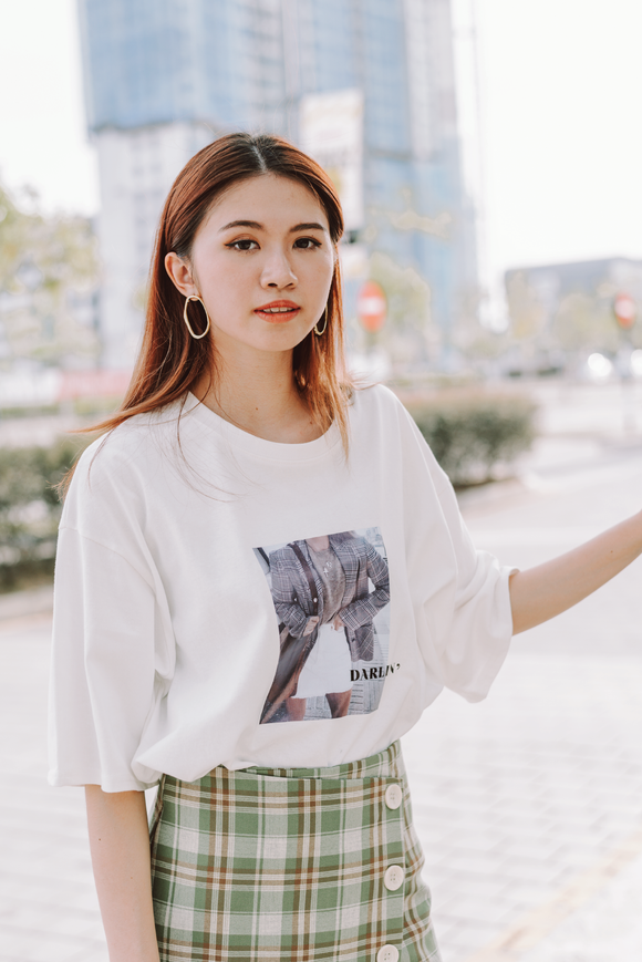 Darlin Printed Word Oversize T-Shirt In White