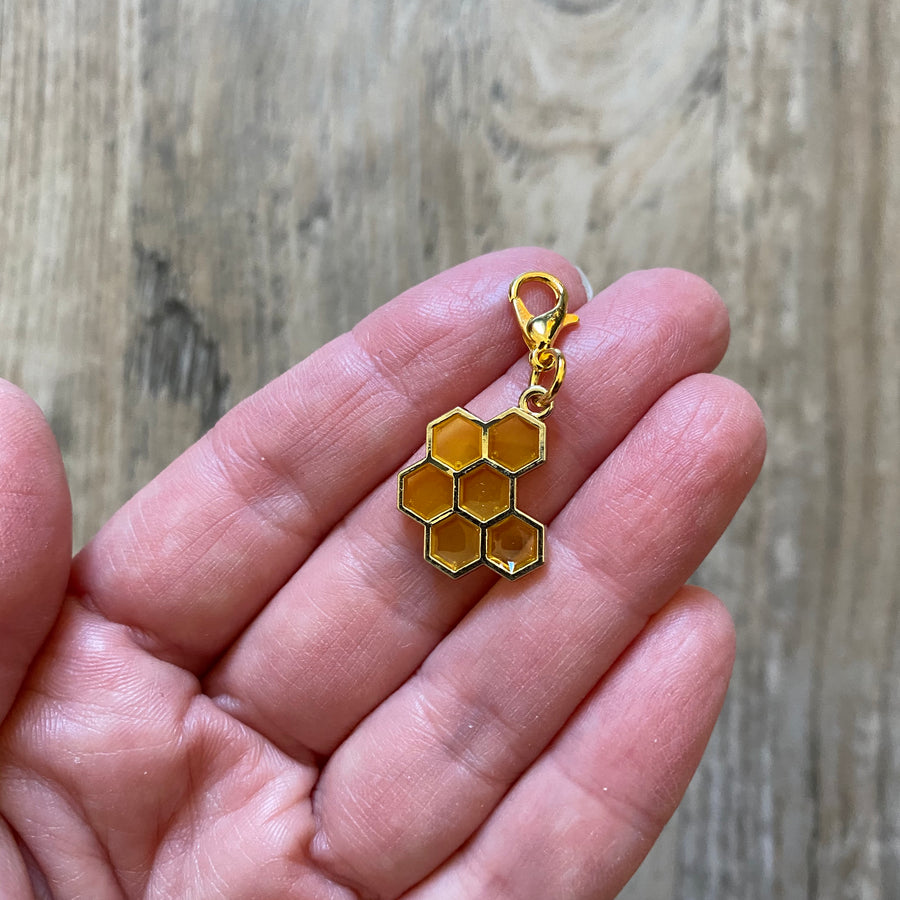 Honeycomb Stitch Marker