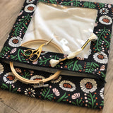 Dancing Daisies Needlework Bag